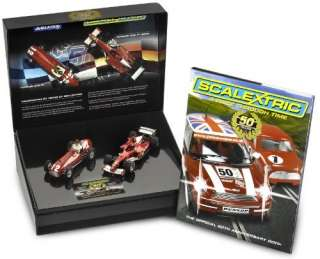 SCALEXTRIC C2782A FERRARI 375 / F1 Twin Pack w/Book 132 slot car