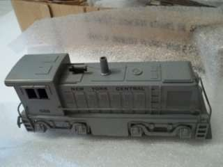 VINTAGE MARX DIESEL TYPE ELECTRIC TRAIN SET 7985 GREY DIESEL