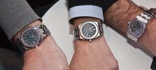 Audemars Piguet Royal Oak Mans Watch Dial Blue Day Data 18K Gold