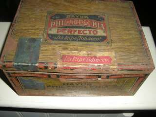 PHILLIE PERFECTO CIGAR TIN ANTIQUE WITH ORIG BLUE TAX STAMP