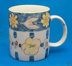 Honey Bee hand painted Collectible Coffee Mug Tea Cup