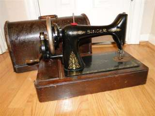 Antique 1910 Singer Hand Crank Sewing Machine in Box