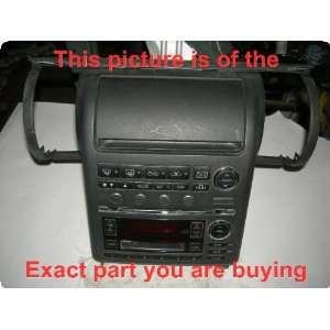 Radio  INFINITI G35 04 receiver, (AM FM stereo cassette w