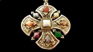 Vintage Etruscan Revival Maltese Cross Jeweled Pendant Necklace
