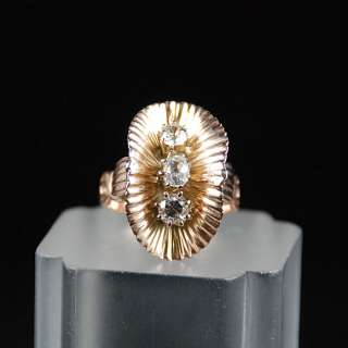 1930S THREE STONE DIAMOND RING 18K PINK GOLD