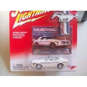 Lightning MUSTANG   #16 1973 Ford Mustang Convertible Toys & Games