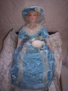 ASHTON DRAKE KNOWLES 18 SOUTHERN BELLE PORCELAIN DOLL