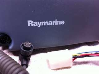 Raymarine 215 Marine VHF Ship To Shore Radio   With mounting bracket