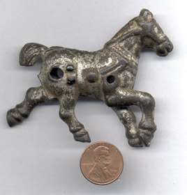 NIC/CAST IRON HORSE AUTHENTIC OLD FOR SM PULL TOY CI147
