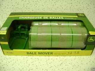 John Deere Round Bale Mover w/ 6 Bales 1/16