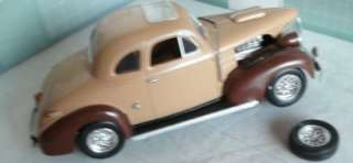 24  1/25 built 1939 Chevy coupe