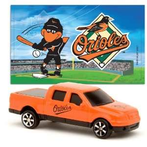 MLB 1:87 Scale Ford F 150 with Team Mascot Sticker