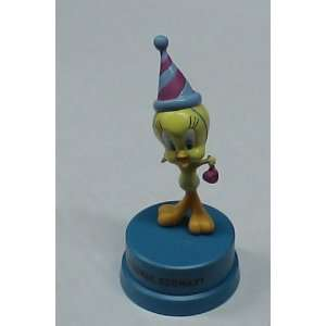 LOONEY TUNES TWEETY BIRD PEDESTAL PVC FIGURE Everything Else