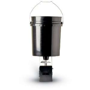 American Hunter Wildview 40 lb. Hanging Feeder: Sports