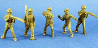 Lot of 5 Vintage Archer Mold, Plasticcraft Made Army Men / Soldiers