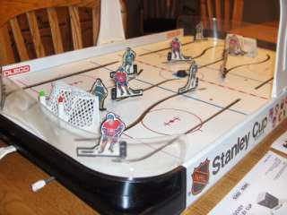 VINTAGE COLECO NHL STANLEY CUP TABLE HOCKEY GAME